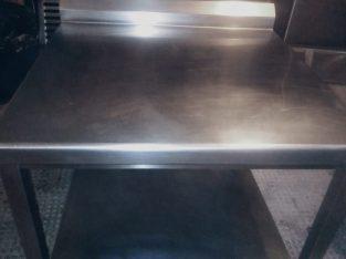 Mesa de trabajo isleta de cocina industrial hostelería