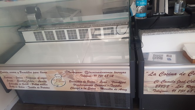 Vitrina expositora con refrigeración