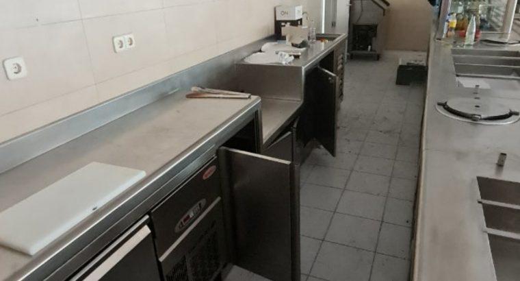 Lote maquinaria y mobiliario de restaurante